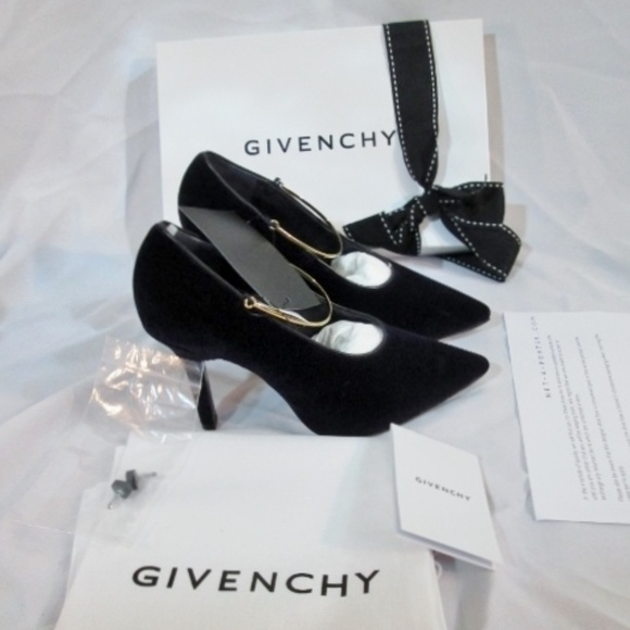 Givenchy Shoes - NEW GIVENCHY Velvet PURPLE CALF VIO Stiletto Heel